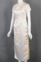 Customized slim apricot embroidered cheongsam catering uniform